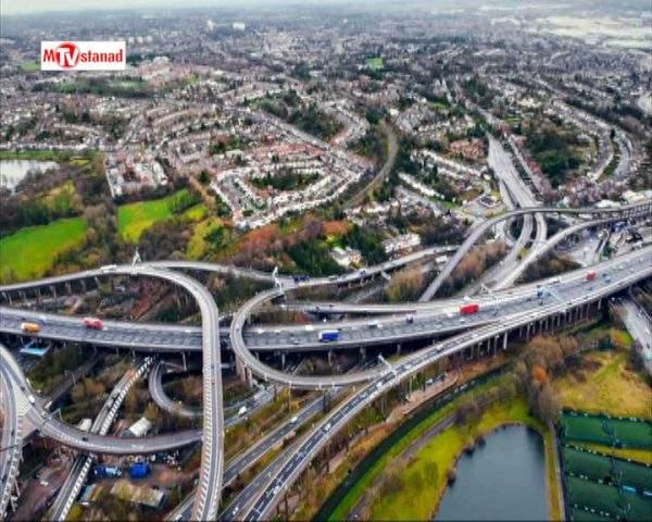 دانلود مستند بزرگراه پر رفت و آمد از مجموعه طولانی ترین بزرگراه انگلستان
