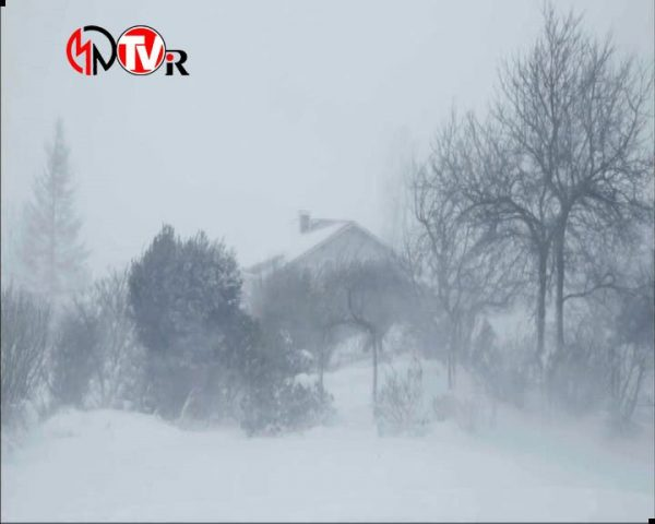 دانلود مستند رویارویی با سرما از مجموعه انسان، زمین، جهان