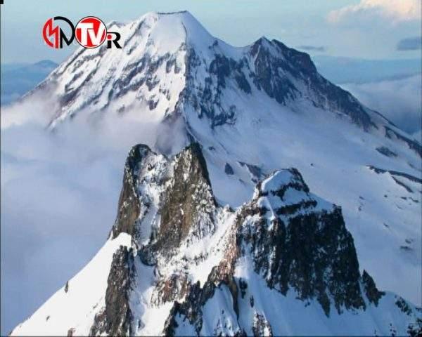 دانلود مستند کوهها از مجموعه انسان، زمین، جهان