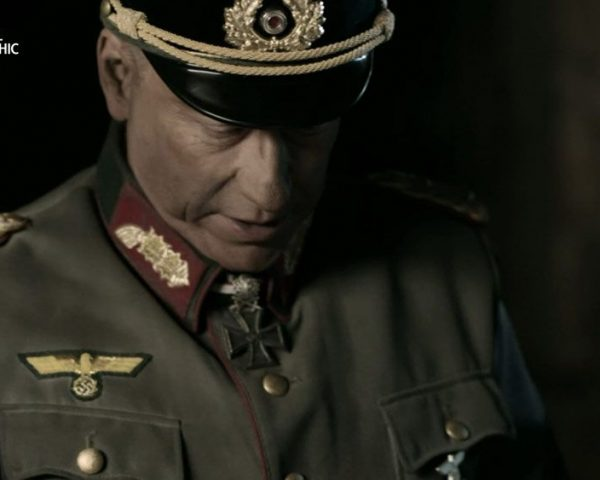 دانلود مستند عقبنشینی دفاعی هیتلر از مجموعه ابرسازه های نازی در جنگ روسیه