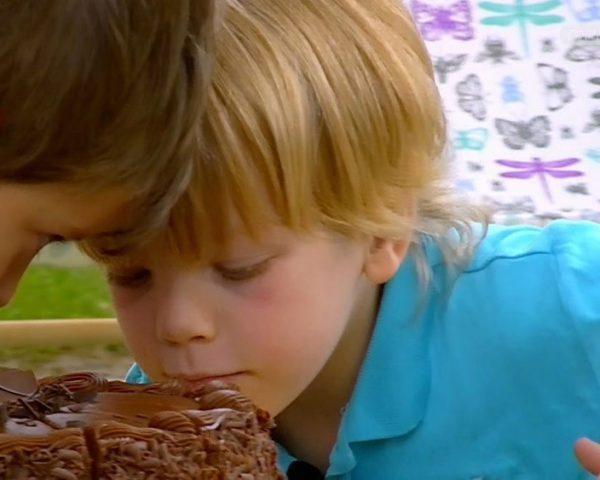 دانلود مستند دنیای کودکان چهار, پنج ساله - 3 از مجموعه دنیای کودکان چهار, پنج ساله با دوبله شبکه منوتو