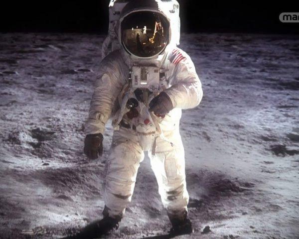 دانلود مستند ماه، ایستگاه فضایی از مجموعه ما و فرازمینی ها با دوبله شبکه منوتو