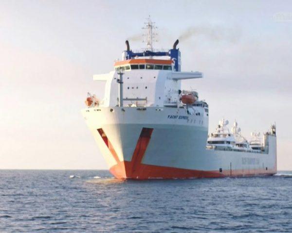 دانلود مستند کشتی های تفریحی سوپرلوکس از مجموعه جا به جایی های غول آسا با دوبله شبکه منوتو