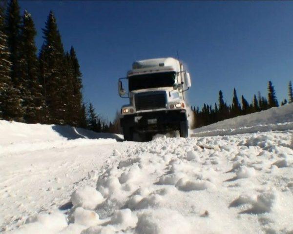 دانلود مستند جدال با یخ سری چهارم - 10 از مجموعه جدال با یخ با دوبله شبکه منوتو