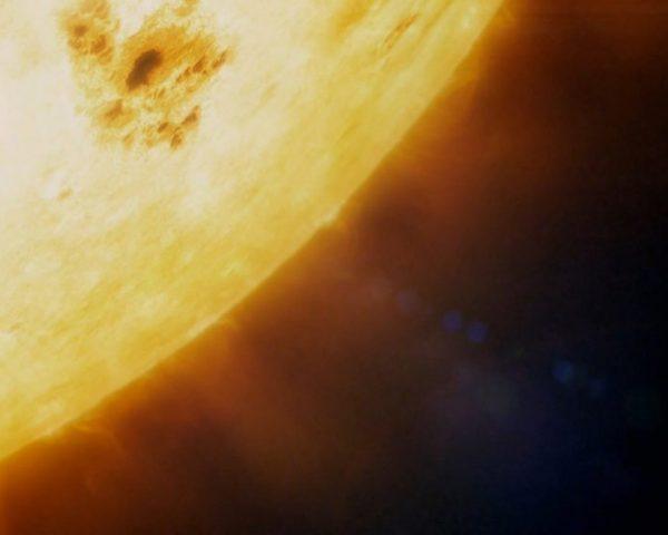 دانلود مستند سیاره ها - 2 از مجموعه سیاره ها با دوبله شبکه منوتو