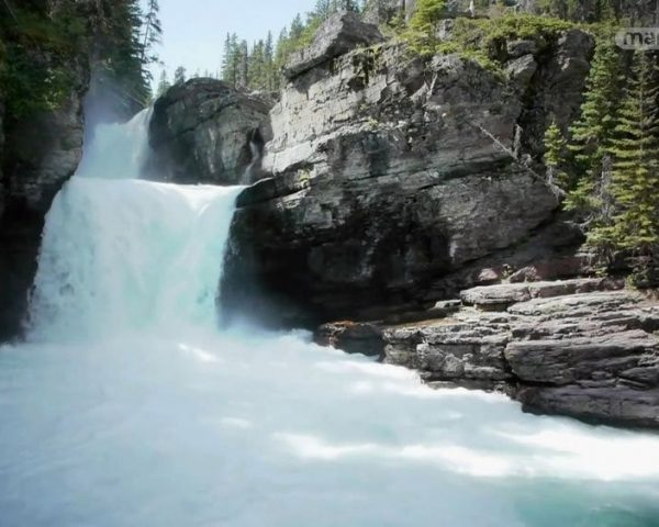 دانلود مستند بهترین رودخانه ها و آبشارها از مجموعه کاوشگران طبیعت با دوبله شبکه منوتو