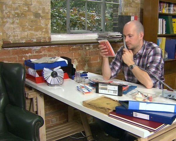 دانلود مستند رول غذای دریایی و شراب بریتانیایی از مجموعه دنیای ناشناخته خوراکی ها با دوبله شبکه منوتو