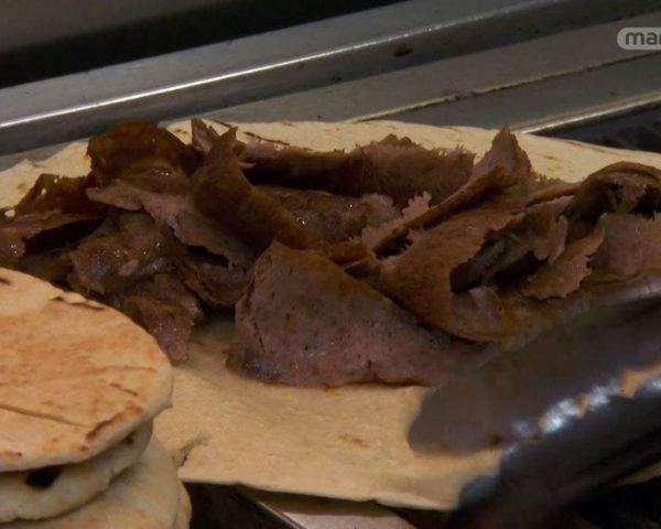 دانلود مستند کباب ، جین و صدف از مجموعه دنیای ناشناخته خوراکی ها با دوبله شبکه منوتو