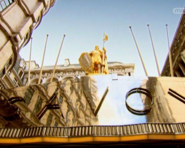 دانلود مستند هتل ساووی از مجموعه آن سوی درهای با دوبله شبکه منوتو