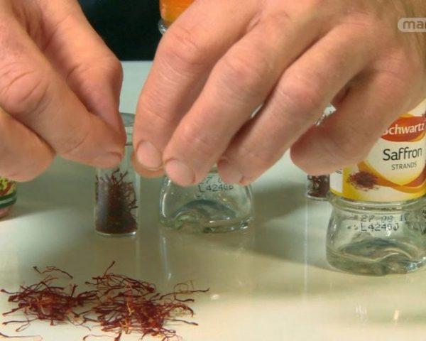 دانلود مستند ماست یونانی، زعفران و لوبیا از مجموعه دنیای ناشناخته خوراکی ها با دوبله شبکه منوتو