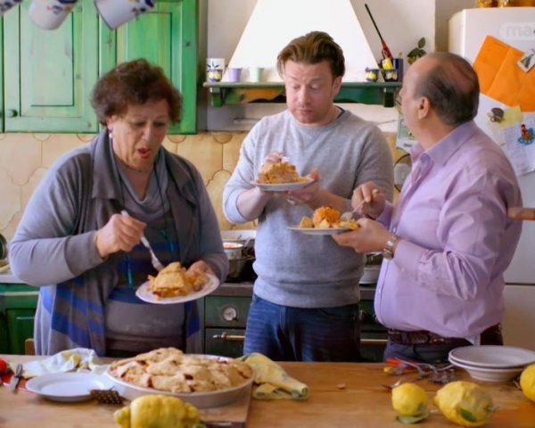 دانلود مستند ناپل از مجموعه جیمی و آشپزی مادربزرگ های ایتالیایی با دوبله شبکه منوتو