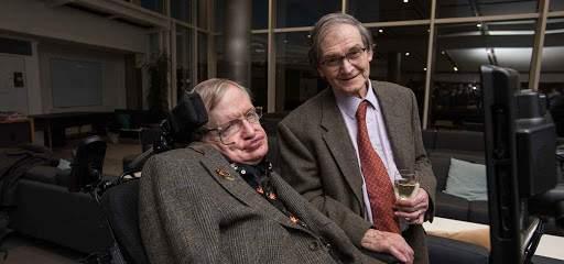 راجر پنروز و استیون هاوکینگ