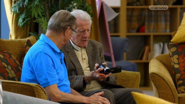 دانلود مستند مهد کودک خانه سالمندان - 8 از مجموعه مهد کودک خانه سالمندان با دوبله شبکه منوتو