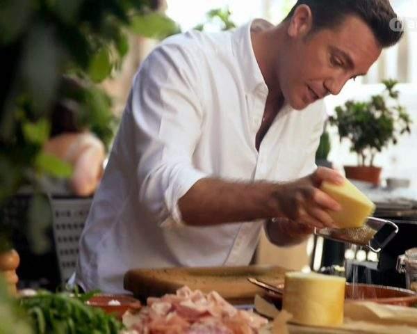 دانلود مستند راونا و سن مارینو از مجموعه جینو و آشپزی ایتالیایی با دوبله شبکه منوتو