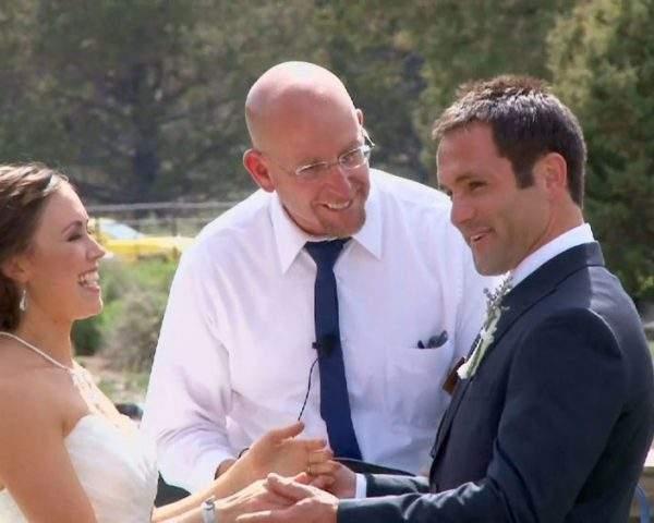دانلود مستند فصل دوم قسمت 1 از مجموعه تدارک برای ازدواج با دوبله شبکه منوتو