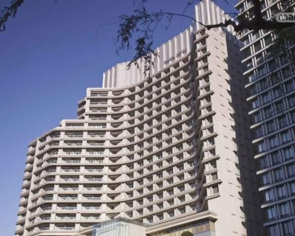 دانلود مستند شگفت انگیزترین هتل ها - 4 از مجموعه شگفت انگیزترین هتل ها با دوبله شبکه منوتو