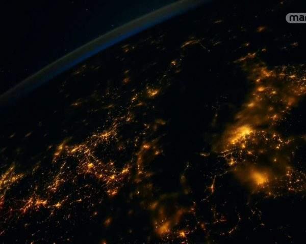دانلود مستند کره زمین از فضا - 4 از مجموعه کره زمین از فضا با دوبله شبکه منوتو